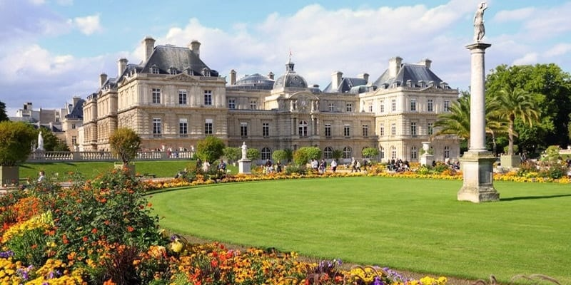 Must-See places in Paris 7